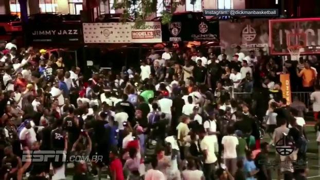 Agora nos Nets, D'Angelo Russell acerta bola de três em torneio de rua em NY e multidão invade a quadra