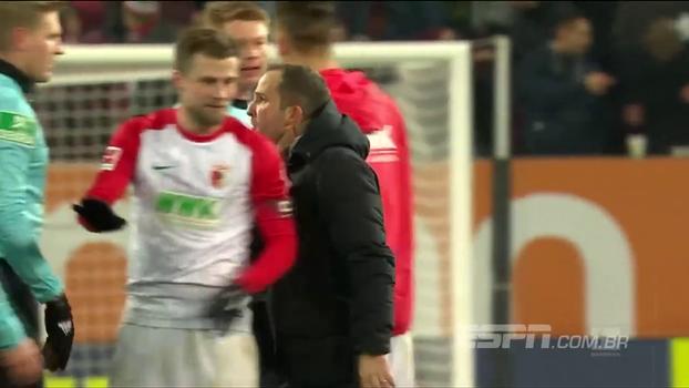 Assista aos gols do empate entre Augsburg e Freiburg por 3 a 3!