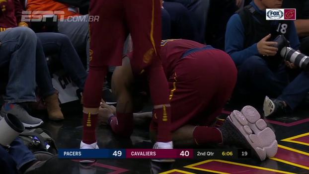 LeBron James leva tapa na virilha de Lance Stephenson, vai ao chão e precisa ser atendido