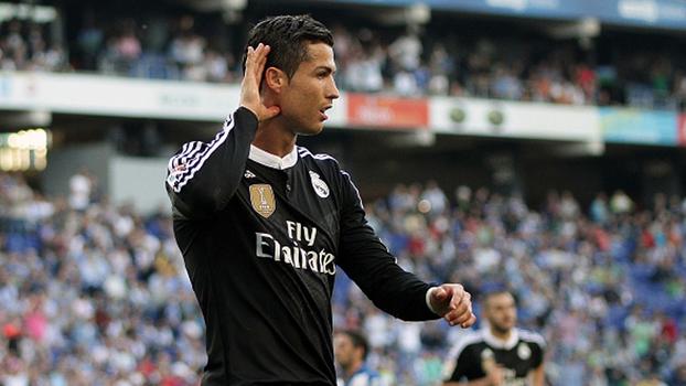 Cristiano Ronaldo é eleito o melhor do mundo pela Fifa pela 5ª vez e empata com Messi - ESPN