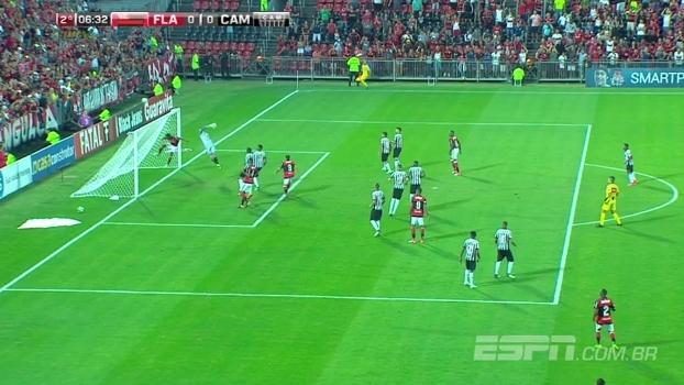 Tempo real: CLEITON! Goleiro do Atlético faz bela defesa em cobrança de falta