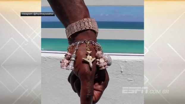 Floyd Mayweather ostenta pulseira e relógio reluzentes! Veja a marra do astro