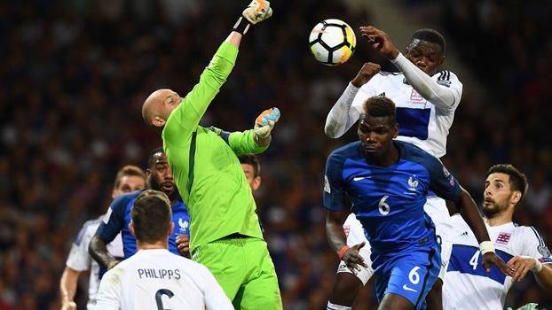 Eliminatórias Europeias: Melhores momentos de França 0 x 0 Luxemburgo