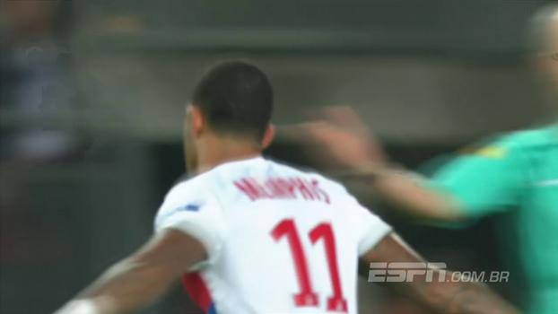 Assista aos gols da vitória do Lyon sobre o Rennes por 2 a 1!