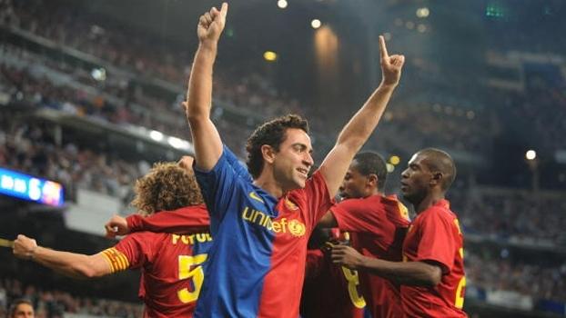 Com quatro assistências, Neymar repetiu feito que Xavi havia conseguido há sete anos