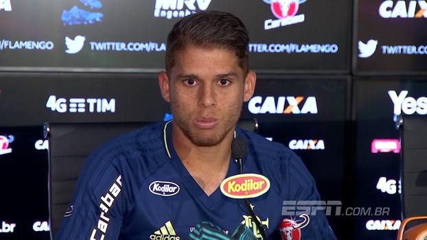 Cuéllar 'esquece' final da Copa do Brasil e pede foco na partida contra o Avaí pelo Brasileiro