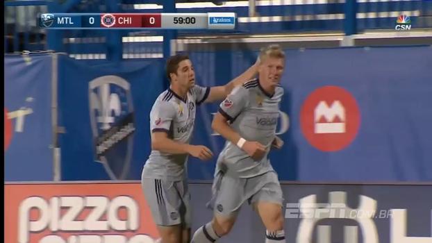 Schweinsteiger marca, Chicago vence rival direto e entra na zona de classificação da Conferência Leste