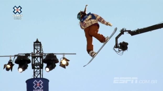 Próxima da perfeição, Chloe Kim conquista o ouro no Snowboard SuperPipe