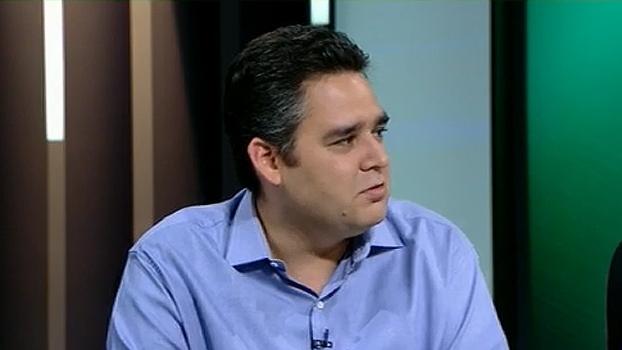 Bertozzi comenta bagunça interna do Corinthians: 'A gente não sabe quando podem derrubar presidente'