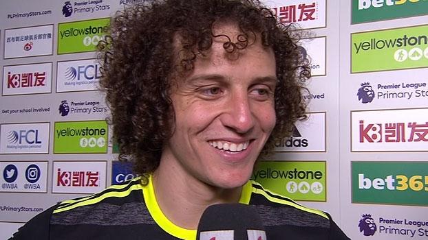 David Luiz comemora título e rebate críticas: 'Não trabalho para responder aos outros, trabalho para mim'