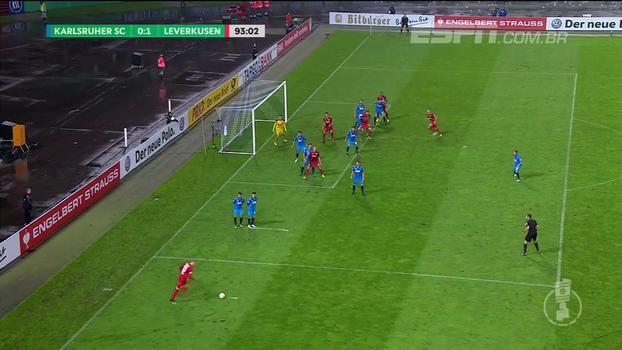 Assista aos gols da vitória do Leverkusen sobre o Karlsruher por 3 a 0!