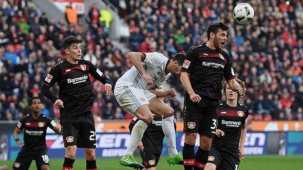 Marcação impecável e reflexos incríveis: como a defesa do Leverkusen parou o Bayern de Munique