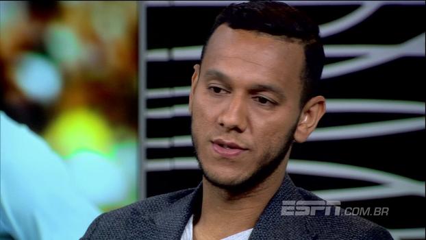 Souza lembra quando foi especulado no Fla, diz ter contato com Rodrigo Caetano e descarta voltar ao Brasil