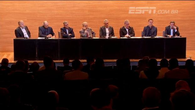 Na CBF, técnicos de futebol participam de encontro para discutir a melhoria de relações trabalhistas