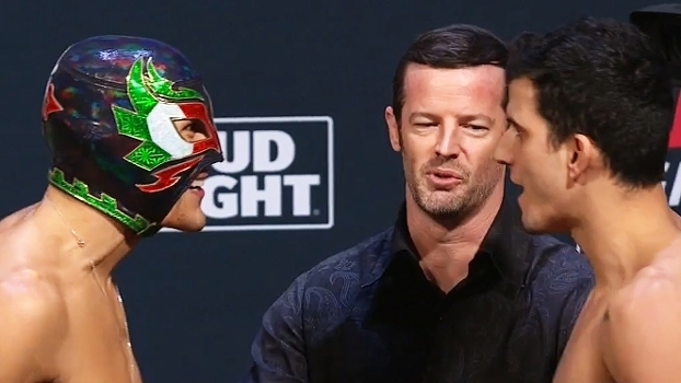 Após não bater peso, Felipe 'Sertanejo' é provocado pelo mascarado Erik Perez; veja a encarada