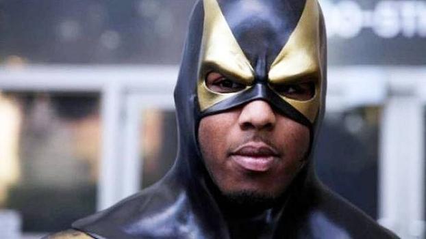 Super-herói ou lutador? Conheça o homem que largou o MMA para combater o crime de Seattle e agora está de volta aos ringues