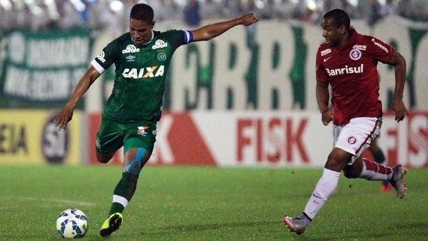 5211c2139b Brasileiro  Gol de Chapecoense 1 x 0 Internacional - ESPN