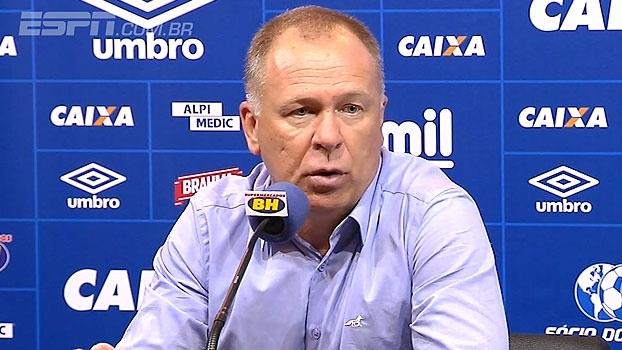Mano destaca partida dos laterais contra pontas do Atlético-MG