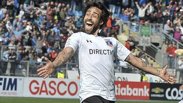 Campeão, Valdivia é eleito melhor jogador do campeonato chileno; VEJA lances pelo Colo-Colo