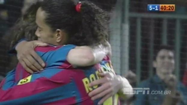 Com Ronaldinho 'endiabrado' e gol de Messi, Barcelona venceu Betis de Tardelli em 2006