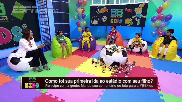 Pequenos torcedores de Corinthians, Bahia e Vasco cantam sua paixão pelos clubes