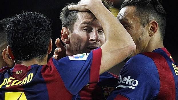 Assista aos melhores momentos da vitória do Barcelona por 4 a 0 sobre o Almería