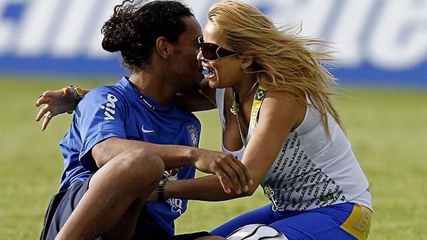 Ataque a Ronaldinho e torcedor toureiro: relembre a preparação da seleção brasileira para a Copa de 2006