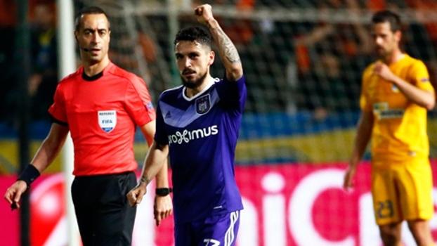 Anderlecht vence no Chipre e fica perto das quartas da Europa League