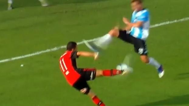 De primeira, veterano Maxi Rodríguez pega bonito na bola e faz golaço em jogo na Argentina
