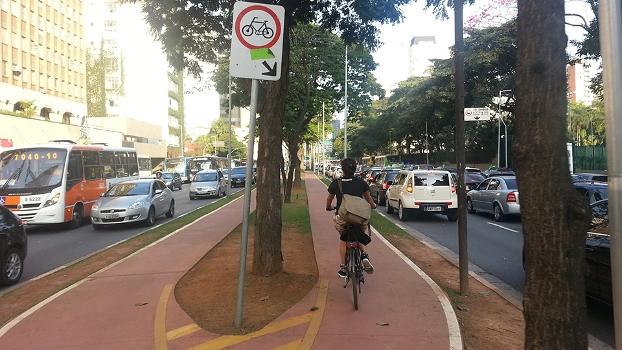 O pedal no caos da Copa | Bike é Legal