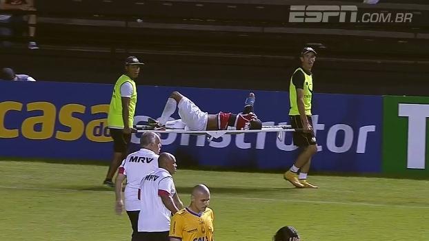 Lateral ex-Palmeiras tem lesão assustadora; Sálvio comenta lance: 'Foi conduta violenta'