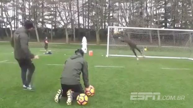 Veja o impressionante treino de Donnarumma, goleiro titular do Milan aos 17 anos
