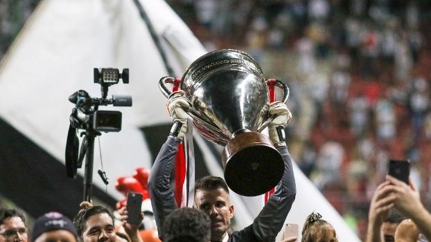 Atlético-MG vence Cruzeiro e conquista 44º título estadual; veja belas imagens do campeão mineiro
