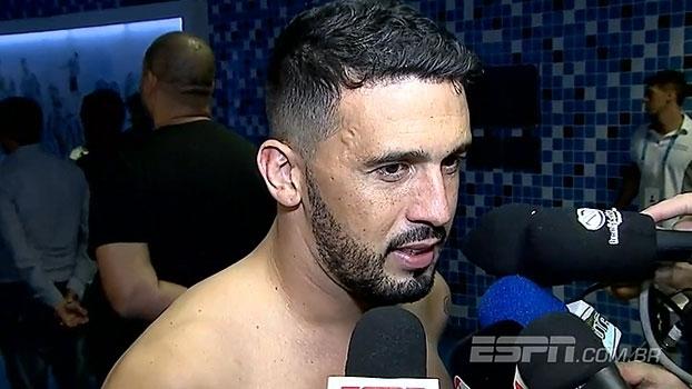 Edílson destaca defesa do Corinthians e parabeniza: 'Estão de parabéns'