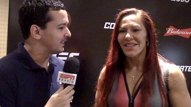 MMA Live Brasil: Cris Cyborg comemora estreia e 'cutuca' Miesha Tate: 'Se escondia atrás do peso'