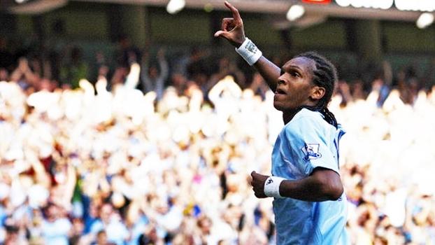 Passagem pela Inglaterra: relembre gols de Jô por Manchester City e Everton