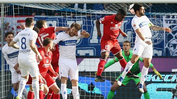 Darmstadt vence Mainz, mas segue na laterna da Bundesliga