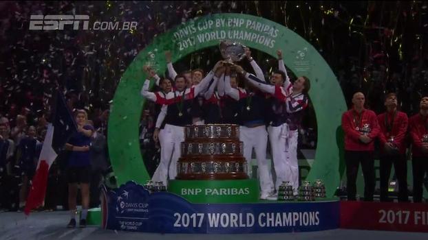 França volta a ser campeã da Copa Davis depois de 16 anos: veja os confrontos finais contra a Bélgica e a festa da torcida