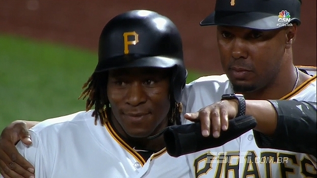 Primeiro africano a jogar na MLB, Gift Ngoepe anota rebatida na estreia pelos Pirates