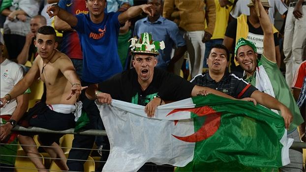 Eliminatórias Africanas: Gol de Argélia 1 x 0 Burkina Faso