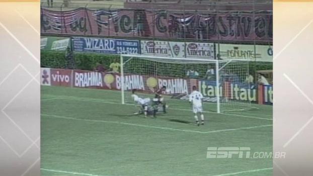 Obina fez o dele, Edílson 'Capetinha' deu cavadinha, e Vitória goleou Flamengo em 2004