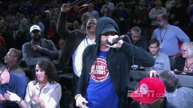 Ao som de 'Lose Yourself', Eminem, torcedor dos Pistons, 'incendeia' nova arena do time em Detroit