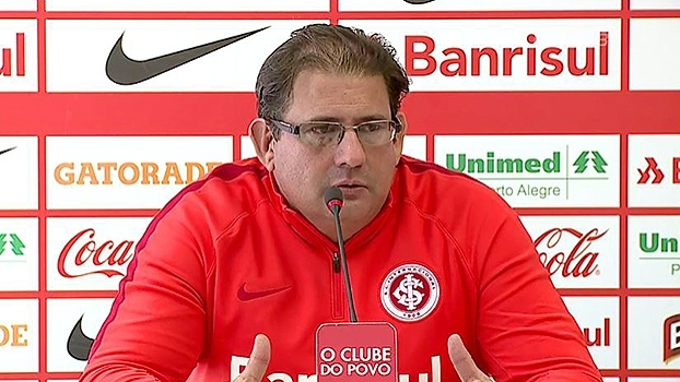 Guto Ferreira se preocupa com 'sequência cruel' de jogos: 'Difícil manter o rendimento'