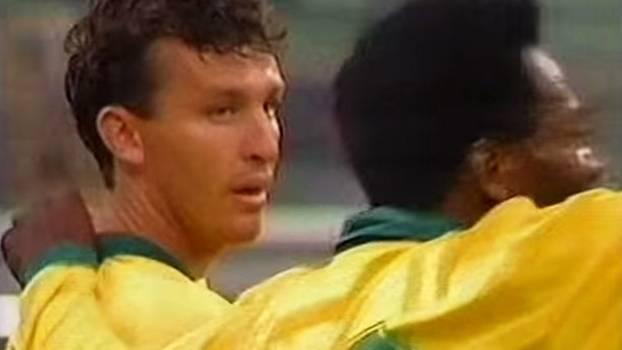 Neto lembra quando entrou no lugar de Pelé em jogo da seleção brasileira 5a0e72f5d05d5