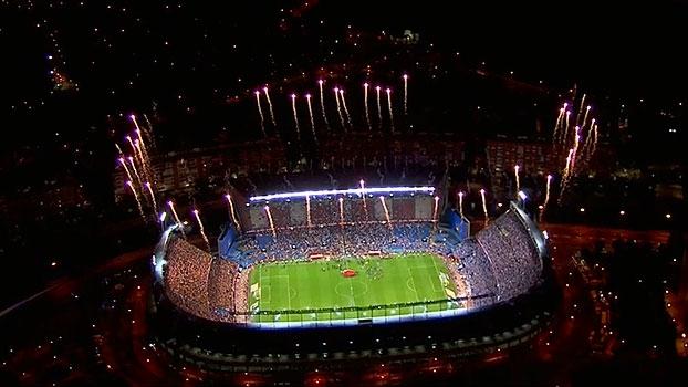 Despedida do Calderón! Luis Enrique dá adeus com título e torcida do Alavés faz festa; Barcelona campeão