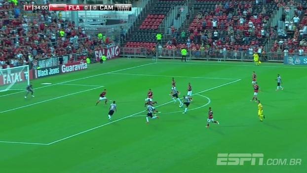 Tempo real: NO PAU! Marco Túlio carimba o travessão do gol do Flamengo