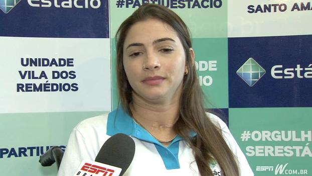 Lais Souza: ' O que mais sinto falta é tomar um bom banho e escovar os dentes'