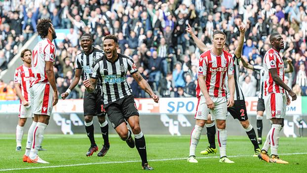Shaqiri marca, mas Newcastle bate Stoke City pela Premier League