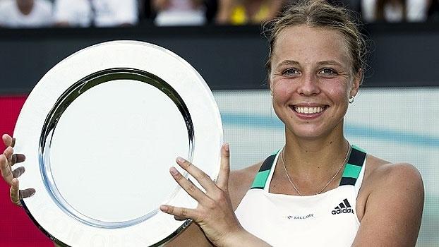Kontaveit vence russa e conquista primeiro título da carreira em s-Hertogenbosch