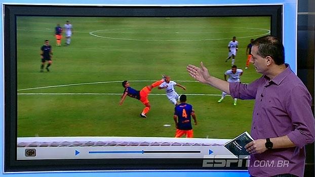 Sálvio avalia lance contra o Fluminense: 'Isso é pênalti; para a Fifa, é cartão vermelho'
